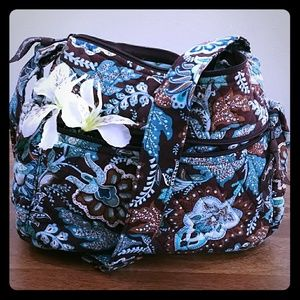 Vera Bradley medium sized handbag